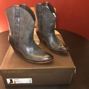 Ariat Rare Stardust Boot Size 8 (NEW)